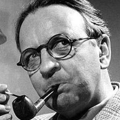 Raymond-Chandler-Pipe1