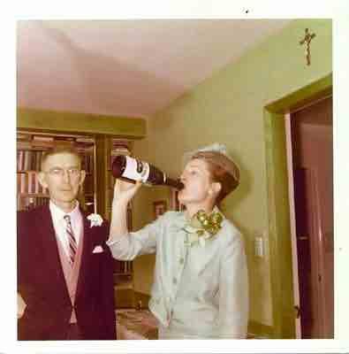 vintage_champagne_guzzling-1-708546